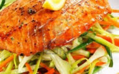 Salmón al horno con vegetales